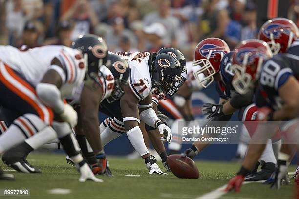 Chicago Bears Israel Idonije during preseason game vs Buffalo Bills. Orchard Park, NY 8/15/2009 CREDIT: Damian Strohmeyer