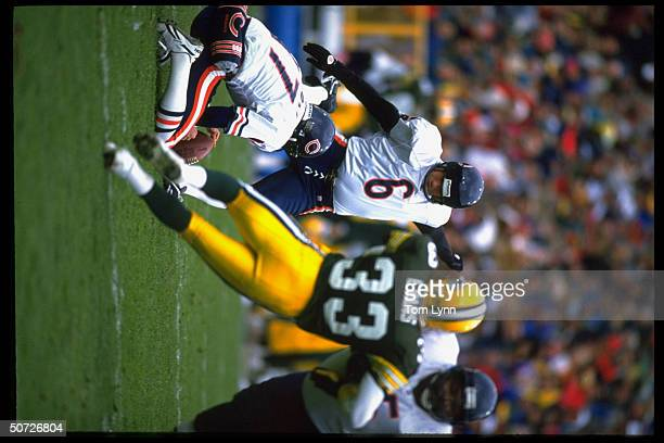 Chicago Bears Kevin Butler in action FG vs Green Bay Packers