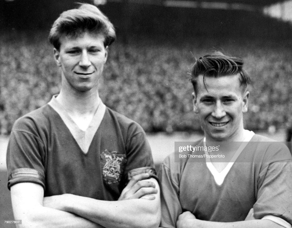 Jack And Bobby Charlton : News Photo