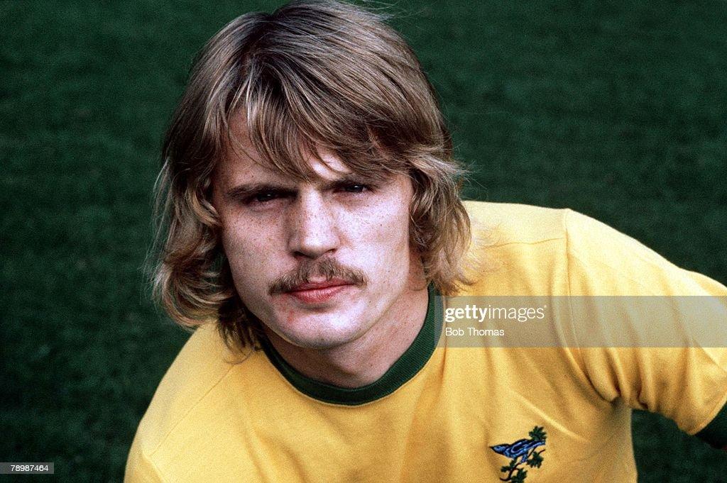 Football. Circa 1970's. Len Cantello of West Bromwich Albion. : News Photo