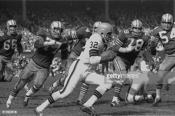 Football Cleveland Browns Jim Brown in action vs Dallas Cowboys Cleveland OH