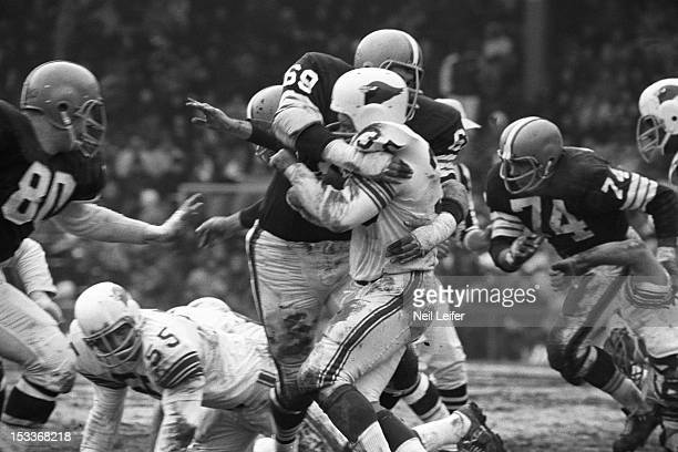 Cleveland Browns Jim Kanicki in action making tackle vs St Louis Cardinals Joe Childress at Busch Memorial Stadium Sequence St Louis MO CREDIT Neil...