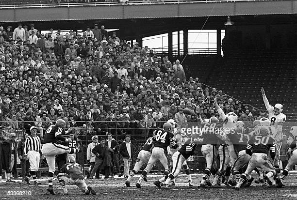 Cleveland Browns Lou Groza in action kicking field goal vs St Louis Cardinals at Busch Memorial Stadium St Louis MO CREDIT Neil Leifer
