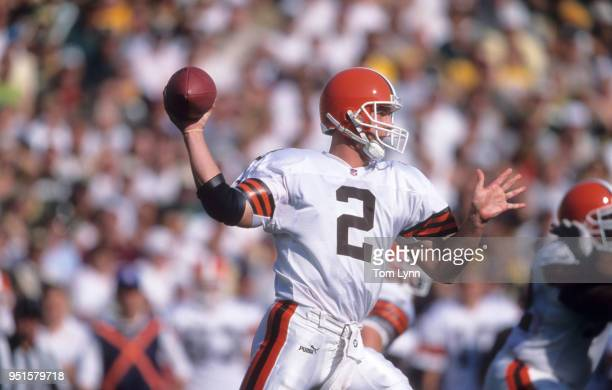 Cleveland Browns QB Tim Couch in action passing vs Green Bay Packers during preseason game at Lambeau Field Green Bay WI CREDIT Tom Lynn