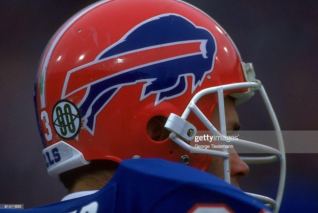 Closeup of Buffalo Bills Adam Lingner helmet c1bbd4692757