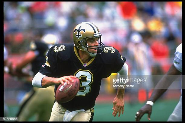 Closeup of New Orleans Saints QB Bobby Hebert in action vs Phila Eagles