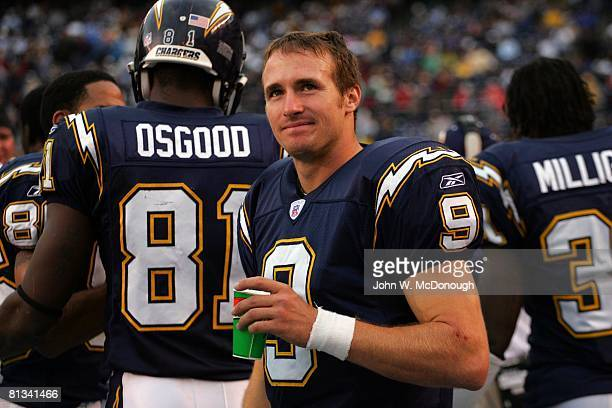 info for 2cc40 2a2fe Closeup of San Diego Chargers QB Drew Brees on sidelines ...