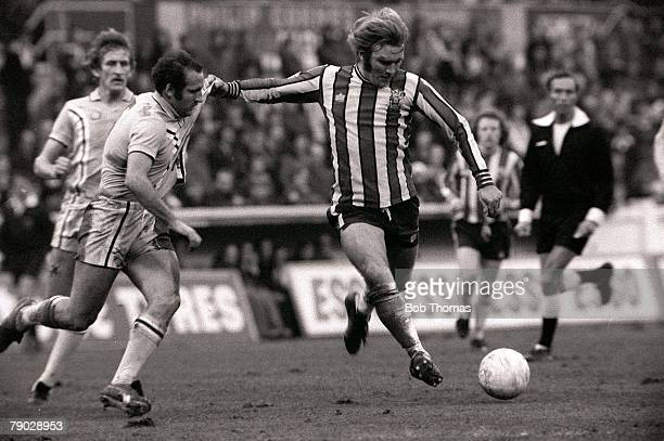 Football Coventry City v Sheffield United Sheffield United's Tonny Currie lines up a shot whilst holding off defender Alan Dugdale