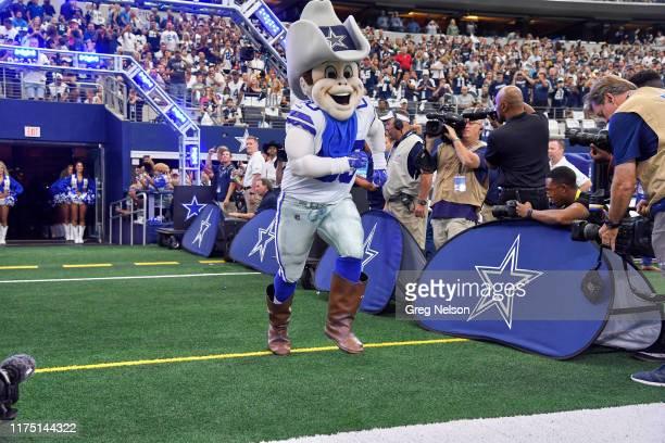 Dallas Cowboys mascot Rowdy taking field with players before game vs Green Bay Packers at ATT Stadium Arlington TX CREDIT Greg Nelson