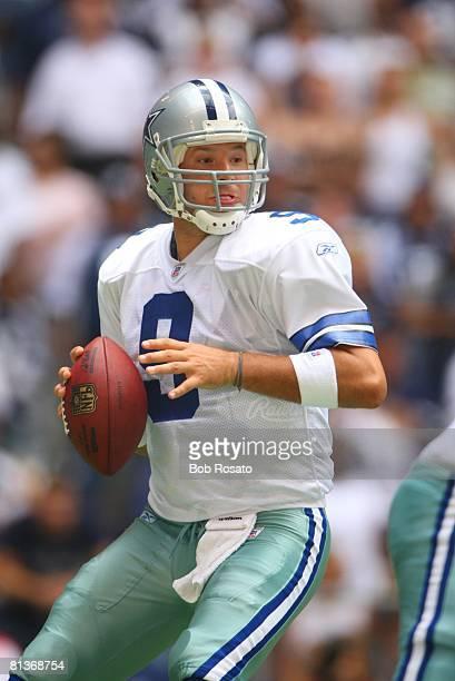 Football Dallas Cowboys QB Tony Romo in action vs St Louis Rams Irving TX 9/30/2007