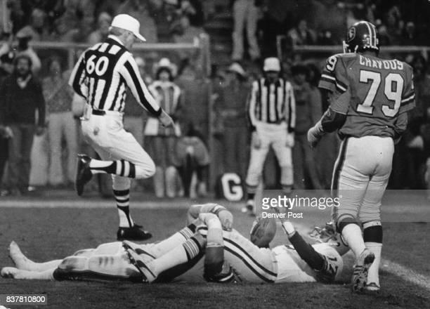Football Denver Broncos Alzado Sacks whitehurst in the End zone for a 4th Qtr Safety Credit Denver Post