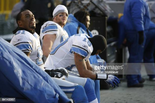 Detroit Lions on sidelines dejected during loss to Green Bay Packers Green Bay WI CREDIT Damian Strohmeyer