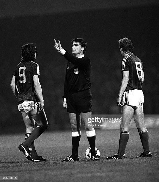 Football Division One 30th October 1982 Ipswich Town 6 v West Bromwich Albion 1 The referee calls over Ipswich's Paul Mariner as Steve McCall looks on