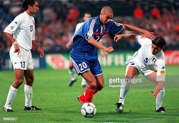 Football, European Championship, Final, Feyenoord Stadium, Rotterdam, Holland, 29th, June,2000France 2 v Italy 1, , David Trezeguet of France is...