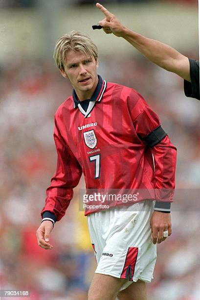 Football European Championships 2000 Qualifier Wembley 5th June England 0 v Sweden 0 England's David Beckham is waved away by the referee