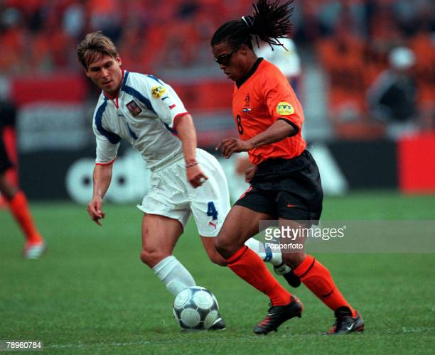 Football, European Championships , Amsterdam Arena, Holland, Holland 1 v Czech Republic 0, 11th June Holland+s Edgar Davids wearing protective...