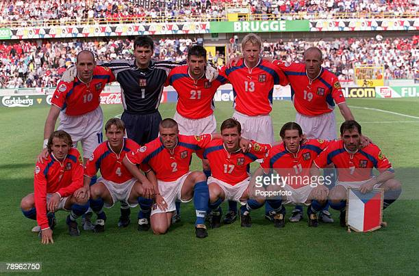 Football, European Championships, , Bruges, Belgium, Czech Republic 1 v France 2, 16th, June The Czech Republic team group before the match, They are...