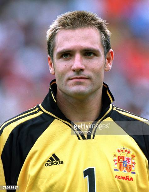 Football European Championships Bruges Belgium Spain 4 v Yugoslavia 3 21st June Portrait of Spain's goalkeeper Santiago Canizares