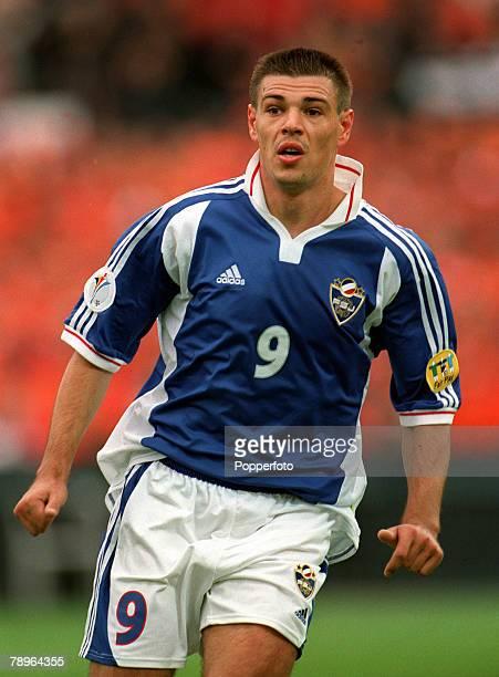 Football, European Championships Quarter Final, , Rotterdam, Holland, 25th June Holland 6 v Yugoslavia 1, Yugoslavia's Savo Milosevic