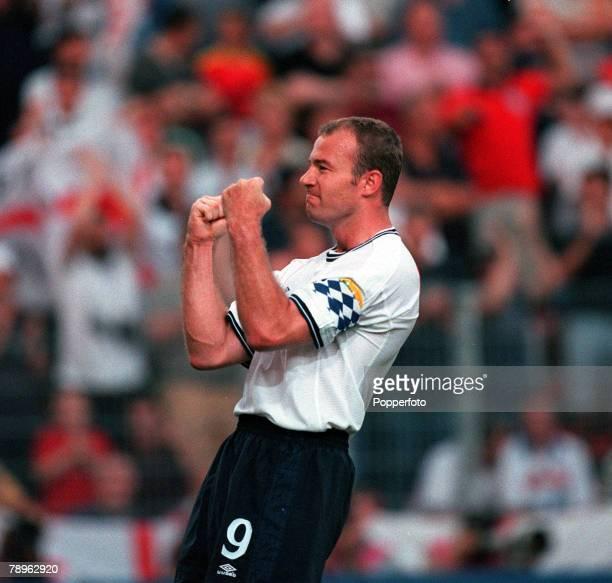 Football, European Championships , Stade du Pays de Charleroi, Belgium, England 2 v Romania 3, 20th June England captain Alan Shearer celebrates...