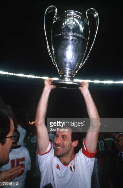 Football European Cup Final Nou Camp Barcelona Spain 24th May 1989 AC Milan 4 v Steaua Bucharest 0 AC Milan captain Franco Baresi holds the trophy...