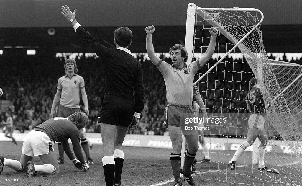 Football. FA Cup 4th Round. Watford, England. 23rd January 1982. Watford 2 v West Ham United 0. Watford's Gerry Armstrong celebrates after scoring a goal to give his side the lead. : News Photo