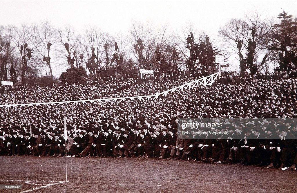 Football. FA Cup Final. 1899. Crystal Palace, London. Sheffield United 4 v Derby County 1. Part of the large crowds at Crystal Palce, 73,833 ( then a World record). : News Photo