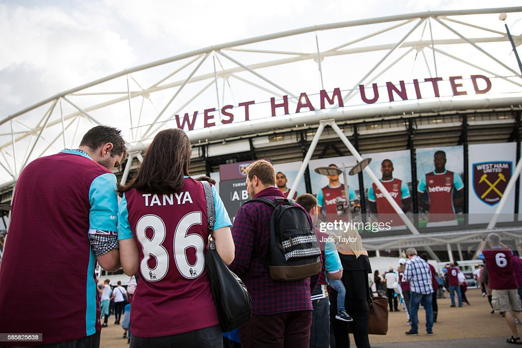 Fans Arrive For West Ham United's First Game At Their New Stadium : News Photo