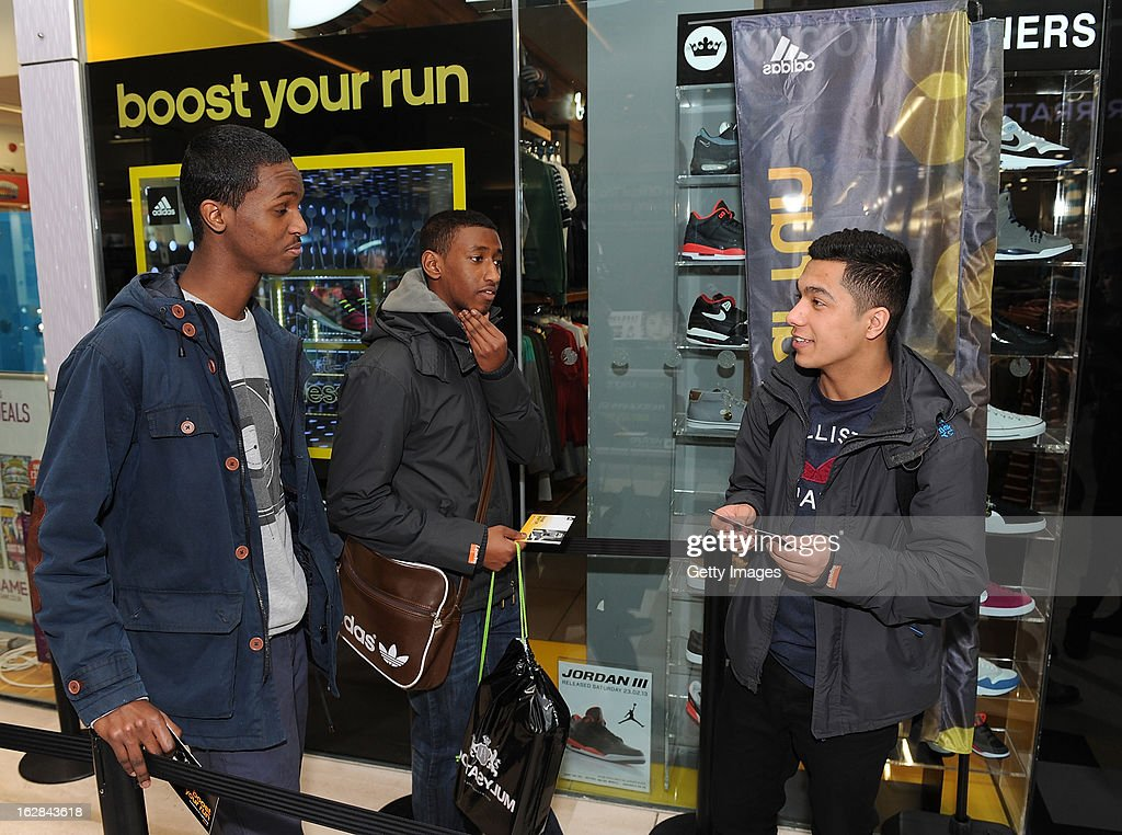Football Fans queue up to see Ryan Bertrand of Chelsea at the adidas Boost Launch at the Westfield shopping centre on February 28, 2013 in London, England.