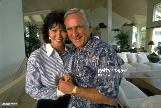 Feature Portrait of Miami Dolphins coach Don Shula at home with girlfriend Mary Anne Stephens at home Linville NC CREDIT Bill Frakes