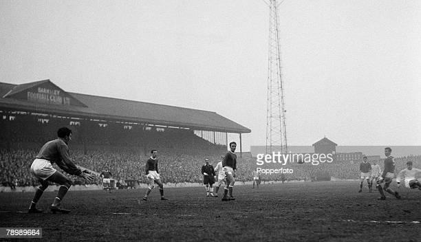 Football, February Oakwell, Barnsley, Barnsley v Manchester United, George Best scores a goal for Manchester United