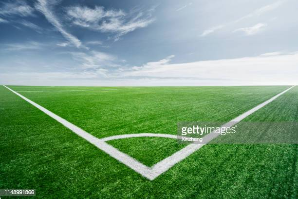 football field, painted lines on soccer field - track and field stadium stock pictures, royalty-free photos & images