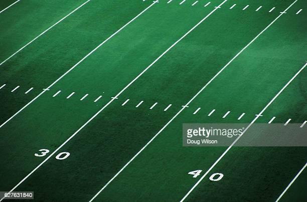 football field - アメリカンフットボール場 ストックフォトと画像
