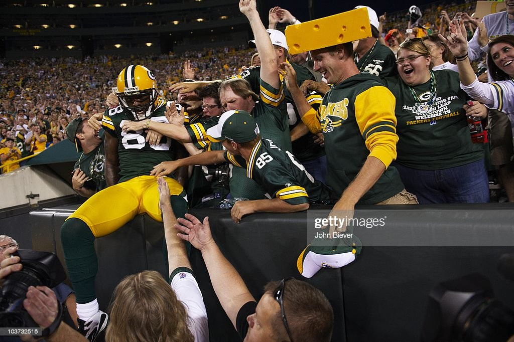Indianapolis Colts v Green Bay Packers : ニュース写真