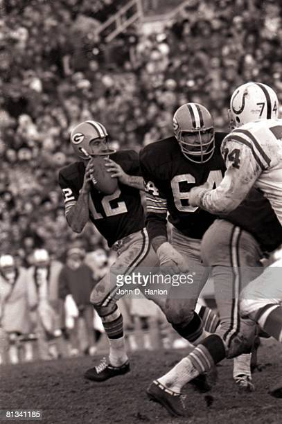 Football Green Bay Packers Jerry Kramer in action during block for QB Zeke Bratkowski vs Baltimore Colts Green Bay WI 12/7/1968