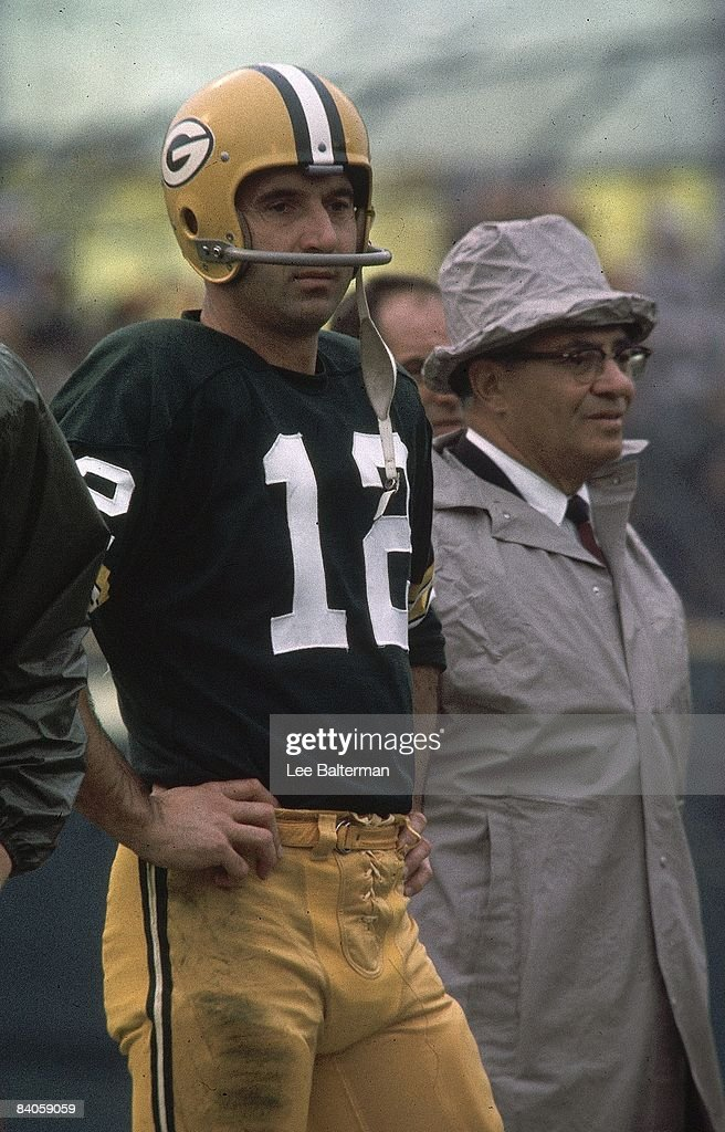 Green Bay Packers head coach Vince Lombardi : News Photo