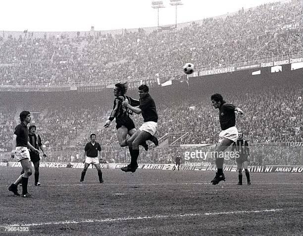 Football Italian League Division One San Siro Stadium Italy 7th November 1971 Inter Milan 2 v Torino 0 Inters Roberto Boninsegna leaps high with a...