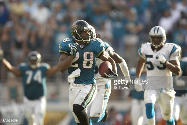Jacksonville Jaguars Fred Taylor in action, rushing vs Carolina Panthers. Jacksonville, FL 12/9/2007 CREDIT: Bill Frakes