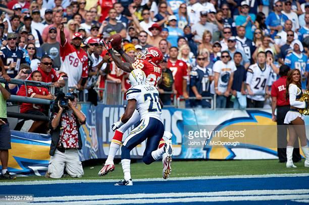 Kansas City Chiefs Dwayne Bowe in action vs San Diego Chargers at Qualcomm Stadium San Diego CA CREDIT John W McDonough