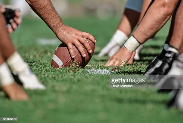 football line of scrimmage - line of scrimmage stock pictures, royalty-free photos & images