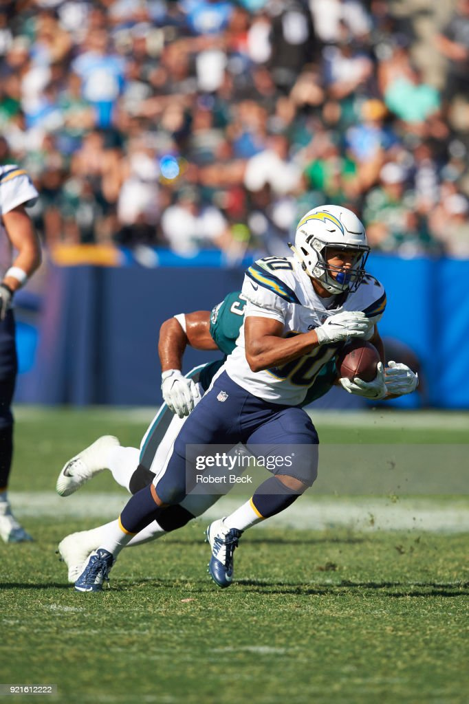 Los Angeles Chargers Austin Ekeler (30) in action, rushing vs Philadelphia Eagles at StubHub Center. Robert Beck TK1 )