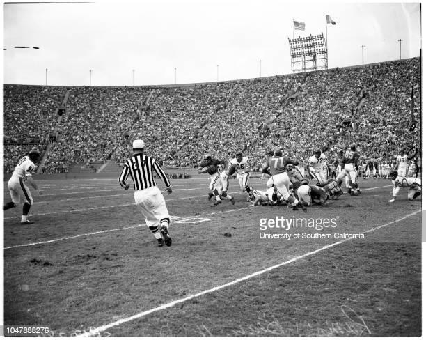 Football - Los Angeles Rams and Chicago Bears, 3 November 1957. Monteverde Negatives. 'Sports'. .;Caption slip reads: 'Photographer: Monteverde....