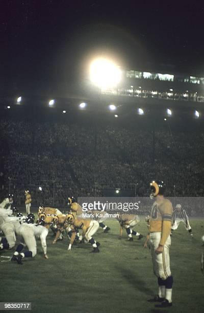 Los Angeles Rams at line of scrimmage vs New York Giants during preseason game at Multhomah Stadium Portland OR 8/1/1954 CREDIT Mark Kauffman