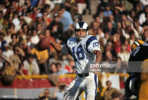 Los Angeles Rams QB Roman Gabriel in action, making pass vs Green Bay Packers at Lambeau Field. Green Bay, WI CREDIT: Neil Leifer