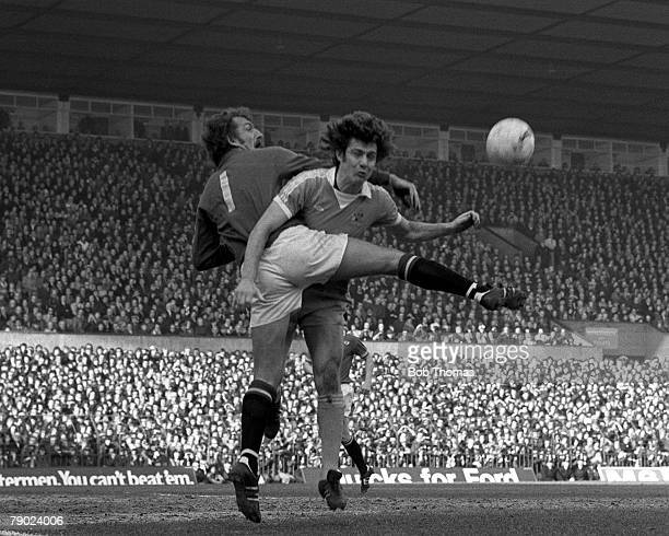 Football Manchester England League Division One 5th March 1977 Manchester United v Manchester City United goalkeeper Alex Stepney under pressure from...