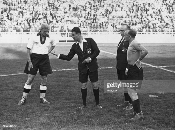 Football match between Austria and Germany Both captains and the referee before kickoff Photography Naples Italy 1934 [Fussballmatch zwischen...