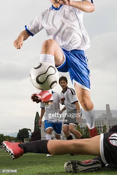 football match - placcare foto e immagini stock