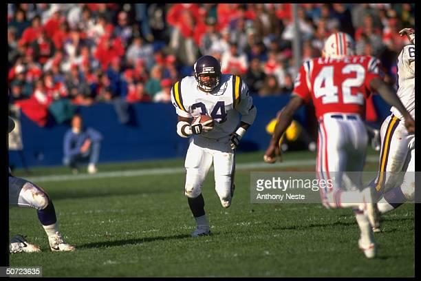 Minn. Vikings Herschel Walker in action vs New England Patriots.