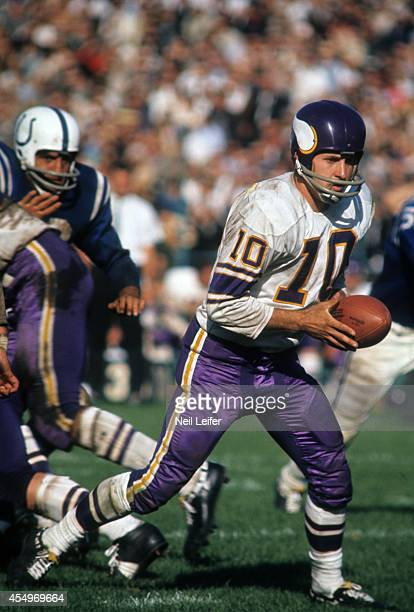 Minnesota Vikings QB Fran Tarkenton in action vs Baltimore Colts at Metropolitan Stadium Bloomington MN CREDIT Neil Leifer