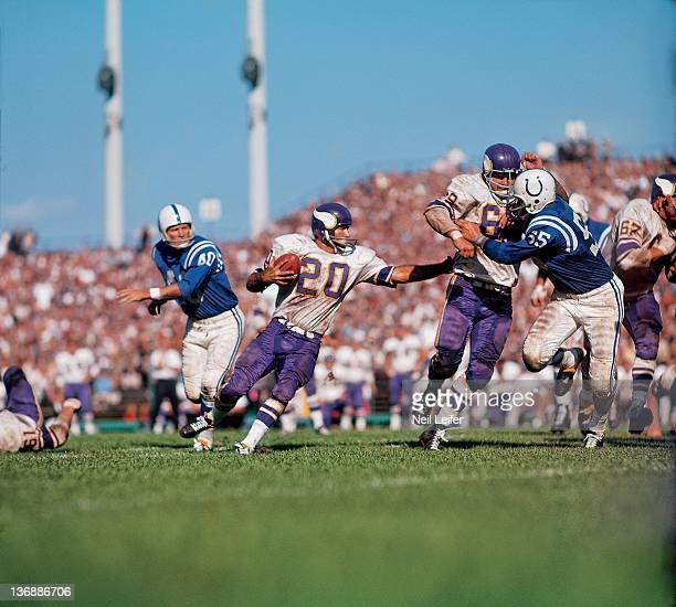 Football Minnesota Vikings Tommy Mason in action rushing vs Baltimore Colts at Metropolitan Stadium Bloomington MN 9/13/1964 CREDIT Neil Leifer